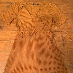Brown dress with black polkadots  XS
